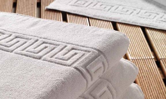 Πετσέτα 70×140 Λευκή Πενιε Μαιάνδρος 100% Βαμβάκι 500 Γραμ.